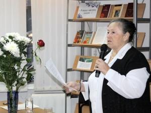 Выставка «Свой мир творю»: к70-летию Анны Вериной
