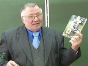 Творческая встреча систориком икраеведом В.Н.Вахриным