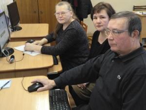 Семинары-практикумы «Госуслуги онлайн» дляграждан пенсионного возраста
