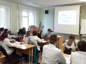 Час информации дляпервокурсников Радиомеханического техникума им.В.А.Шутова