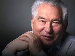 К 90-летию содня рождения Чингиза Айтматова