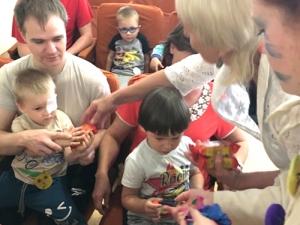 Праздник кДню защиты детей дляпациентов офтальмологической больницы